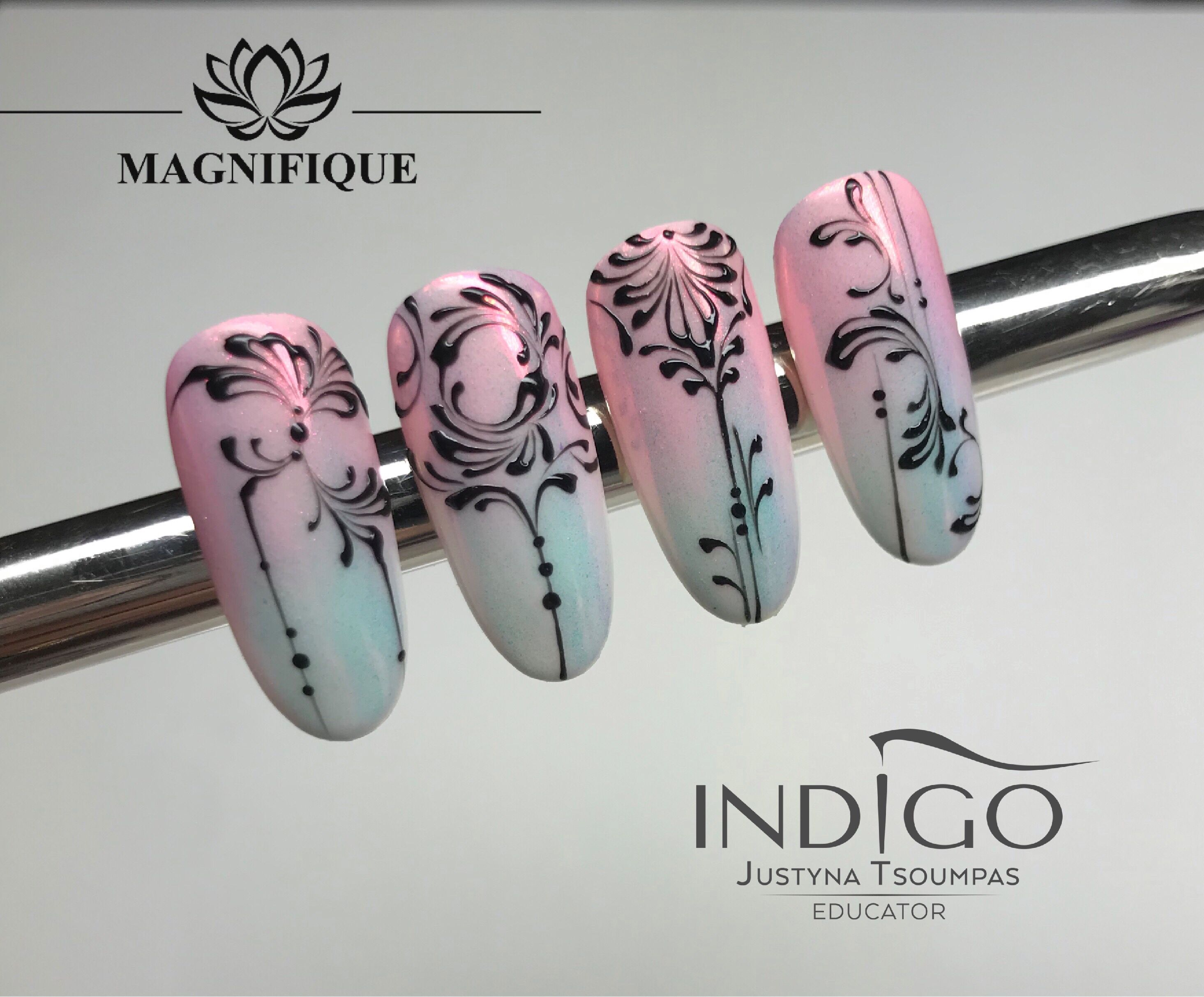 Schnörkel Nail Art   Black nail designs, Gold nail designs, Blue ...