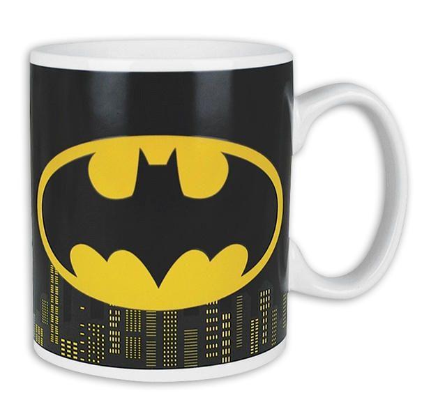 Batman Thermoeffekt-Tasse Gotham. Batman Logo erscheint wenn gefüllt.  Hier bei www.closeup.de