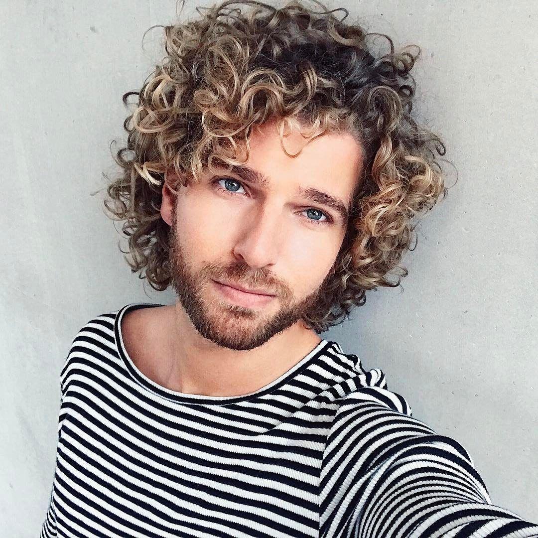 long curly hair for men / curly hair men inspiration