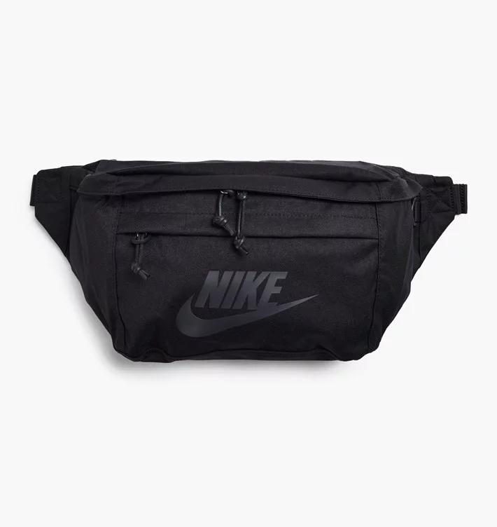 Nike Large Tech Hip Pack Svart Väskor BA5751010
