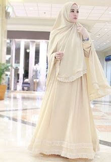 22 Foto Super Cantik Lyra Virna Dengan Baju Muslim Syar I Terbaik