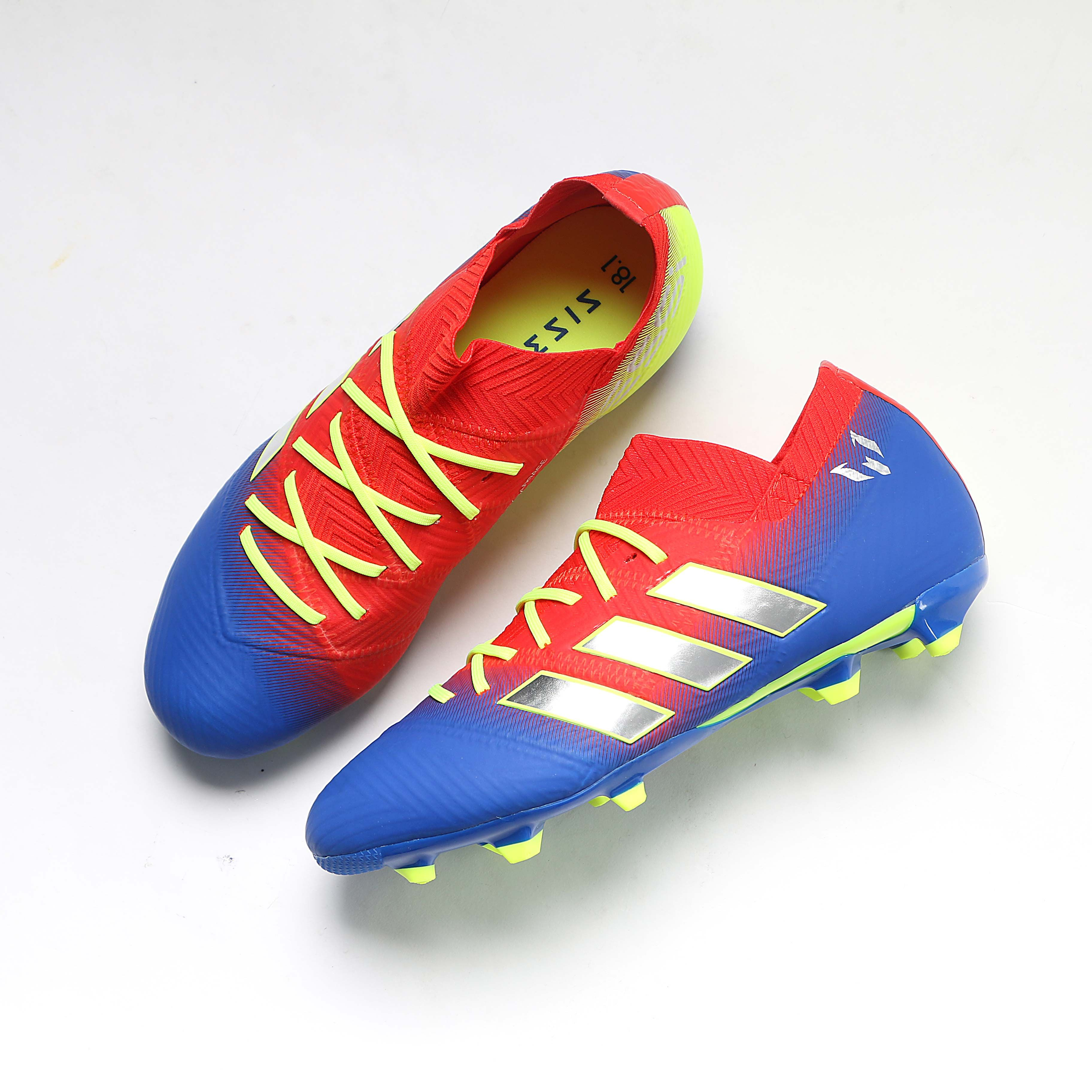 Perder Vicio Típicamente  Botas Messi | Zapatillas de messi, Botas de futbol, Tacos de futbol adidas