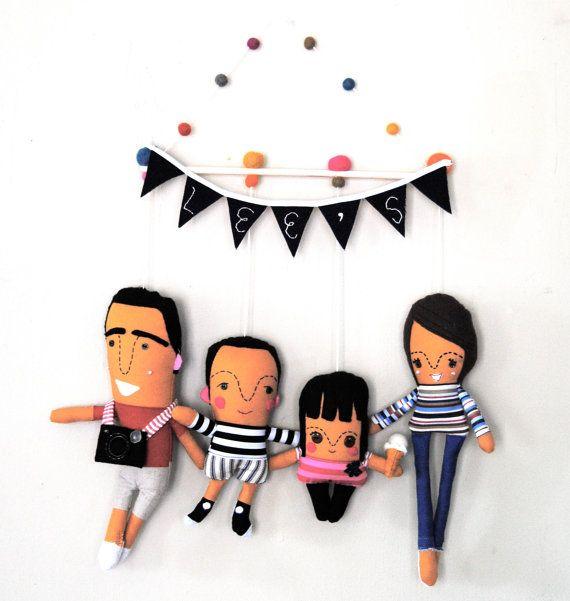 Tenture murale famille de quatre personnes personnalis s fabriqu s sur commande chambre de - Tenture chambre bebe ...