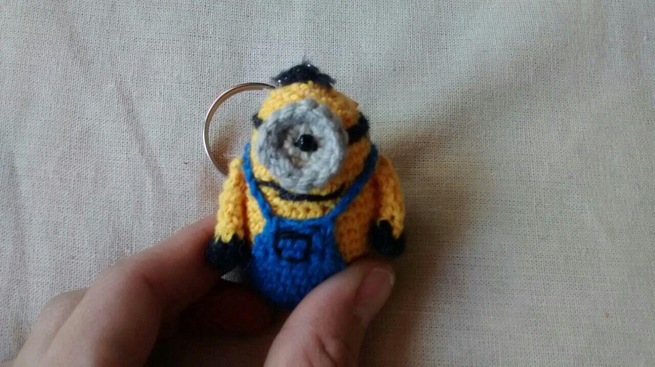 Patron Minion Amigurumi : Minion mini amigurumi con patrón libre aramela artesanías