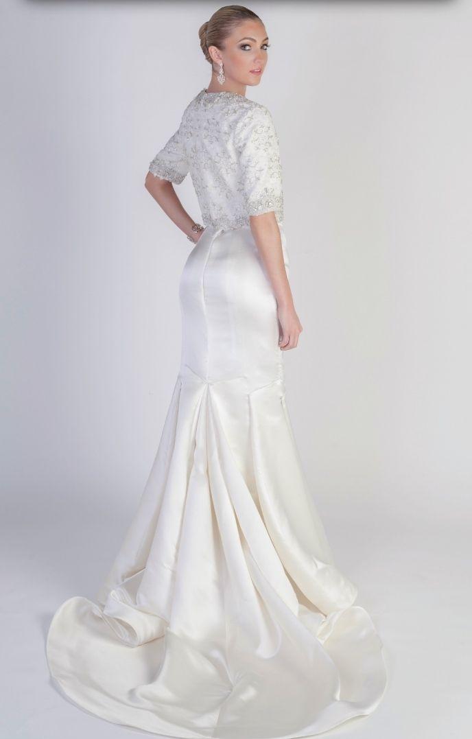 Elegant Wedding Dresses: Runway Trends   Elegant wedding dress ...
