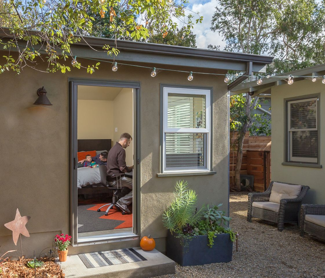 Small Backyard Guest House Plans: Travis And Kelly's Backyard Casita Guesthouse And Office