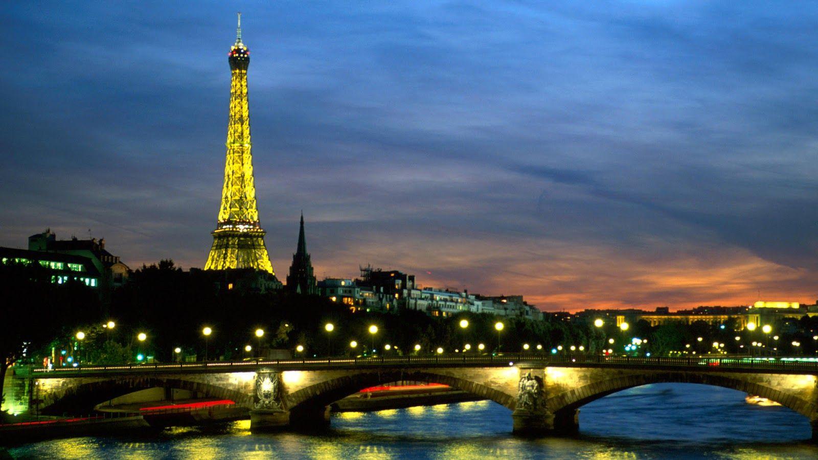 Ashley Wallpaper Wallpaper Menara Eiffel Malam Hari