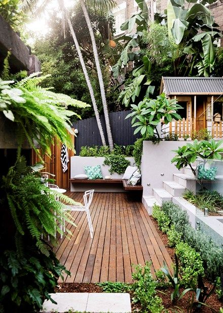 Outdoor Inspiration A Pocket Sized Garden With Punch