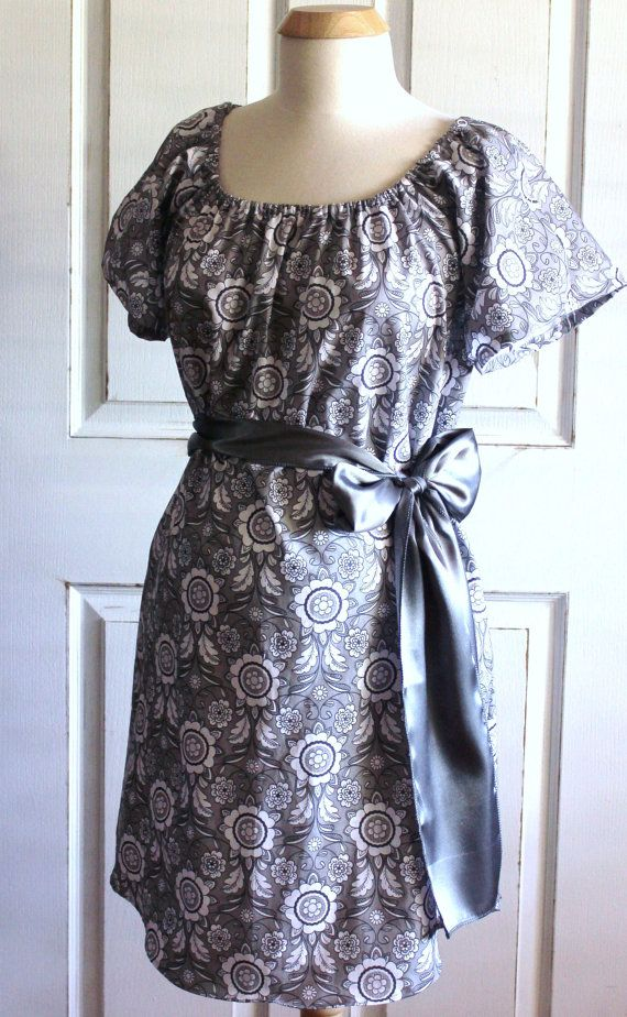 Callan Maternity Hospital Delivery Gown Perfect by CHICMOMBOUTIQUE
