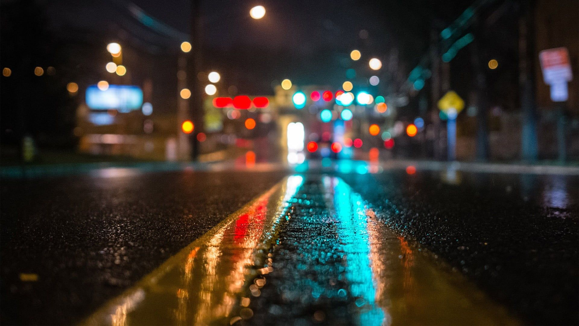 Concrete Road Gray Concrete Pavement Street Macro Road Night Traffic Lights 1080p Wallpaper Planos De Fundo Tumblr Plano De Fundo Pc Foto Tumblr Na Rua