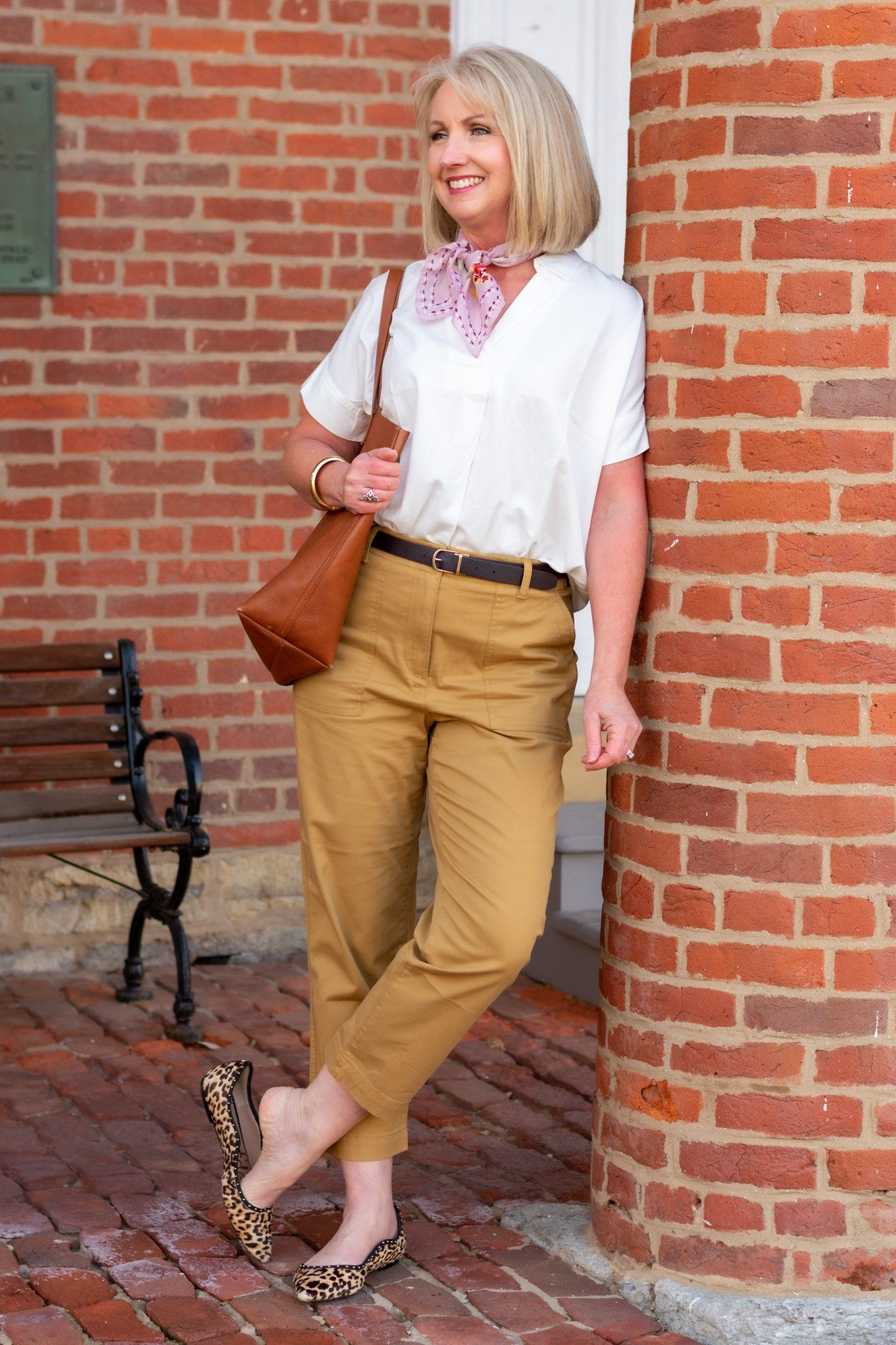 Spring Fashions for Women Over 5  Fashion, Cropped chinos