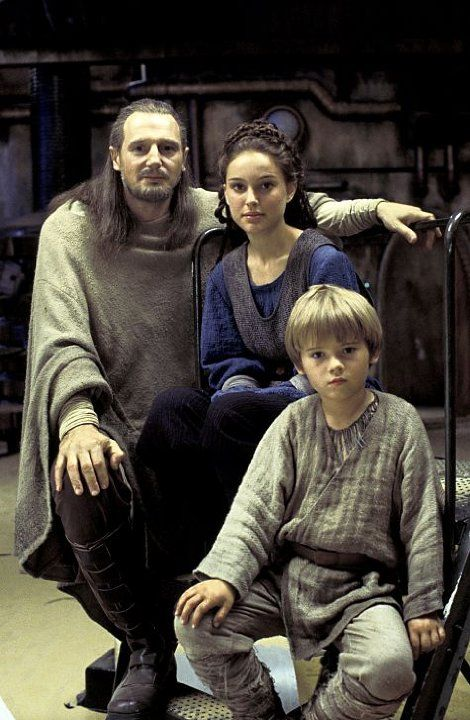 *QUI-GON JINN (Liam Neeson), PADM'E AMIDALA), & ANAKIN SKYWALKER ( Jake Lloyd)Star Wars: Episode I - The Phantom Menace (1999) photos, including production stills, premiere photos and other event photos, publicity photos, behind-the-scenes, and more.