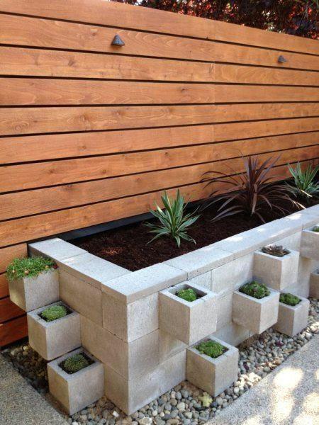 Décorer son jardin avec des parpaings (blocs de béton creux) Deco
