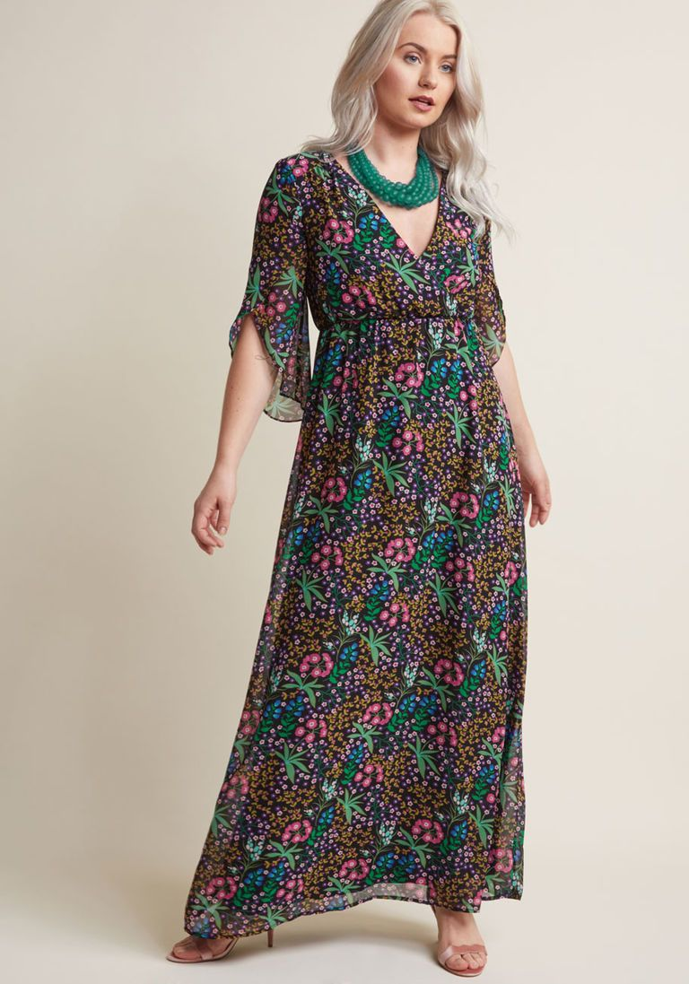Chiffon Maxi Dress With 3 4 Sleeves In Black Floral Chiffon Maxi Dress Maxi Dress Dresses [ 1097 x 768 Pixel ]