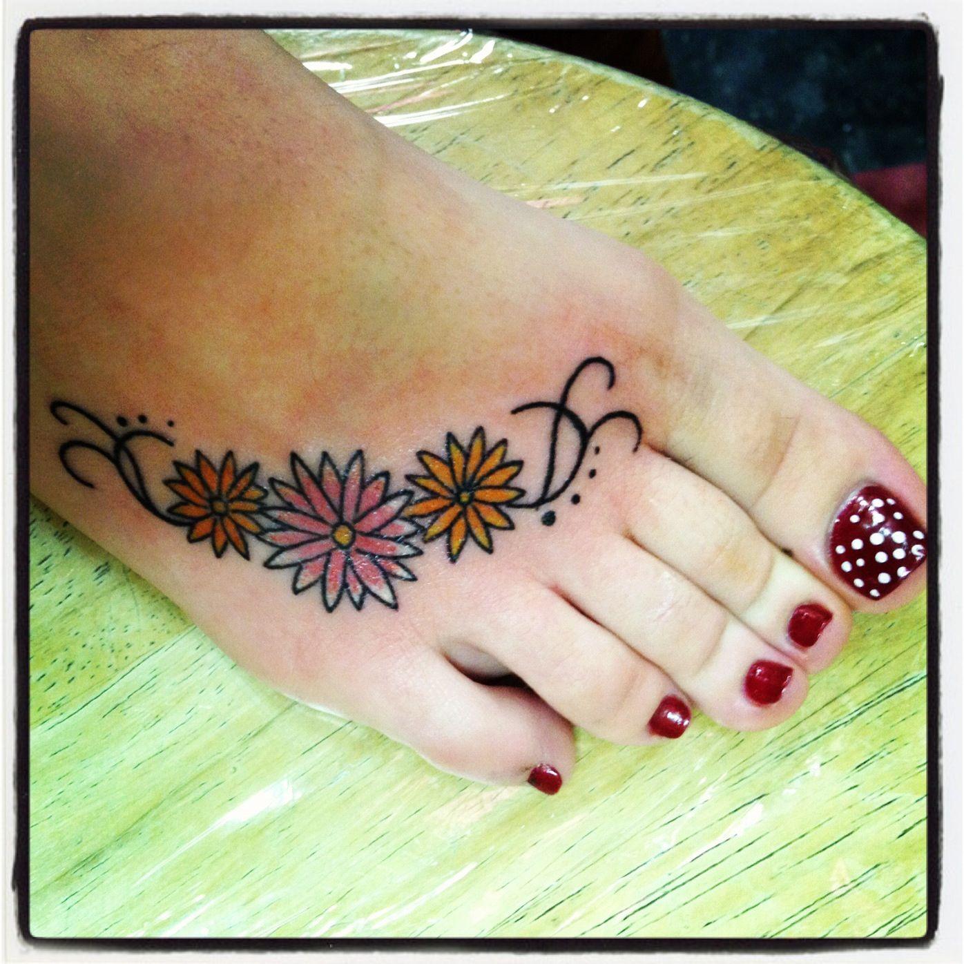 Pretty Daisy Tattoo: Inspirational Tattoos, Pretty