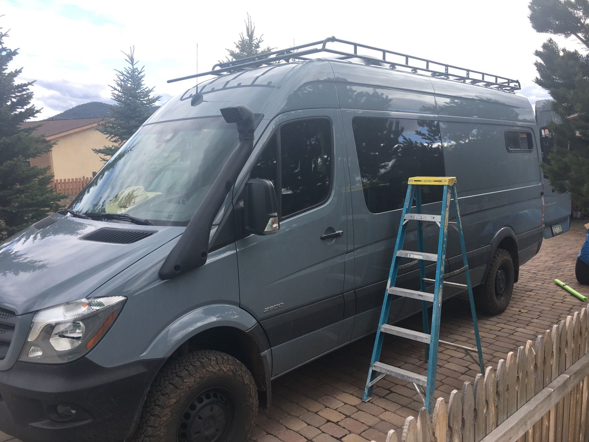 mercedes 144 sprinter van roof racks and ladders sprinter van rv pinterest van roof racks. Black Bedroom Furniture Sets. Home Design Ideas