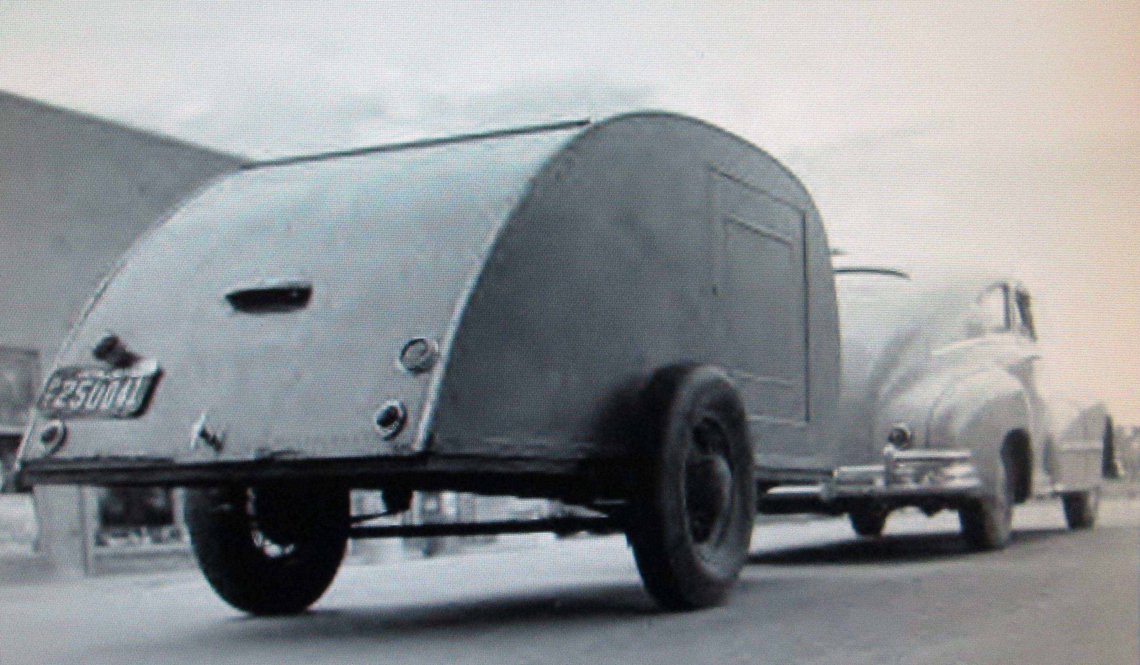 Worm s eye view of a 1940 s era teardrop trailer Man I wish I could