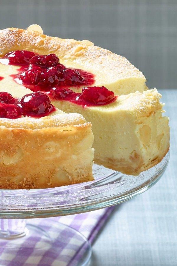 Blitz Schnell Zubereitet Schuttel Kasekuchen Mit Himbeersosse Rezept In 2020 Kuchen Rezepte Einfach Kuchen Und Torten Dessert Rezepte Schnell