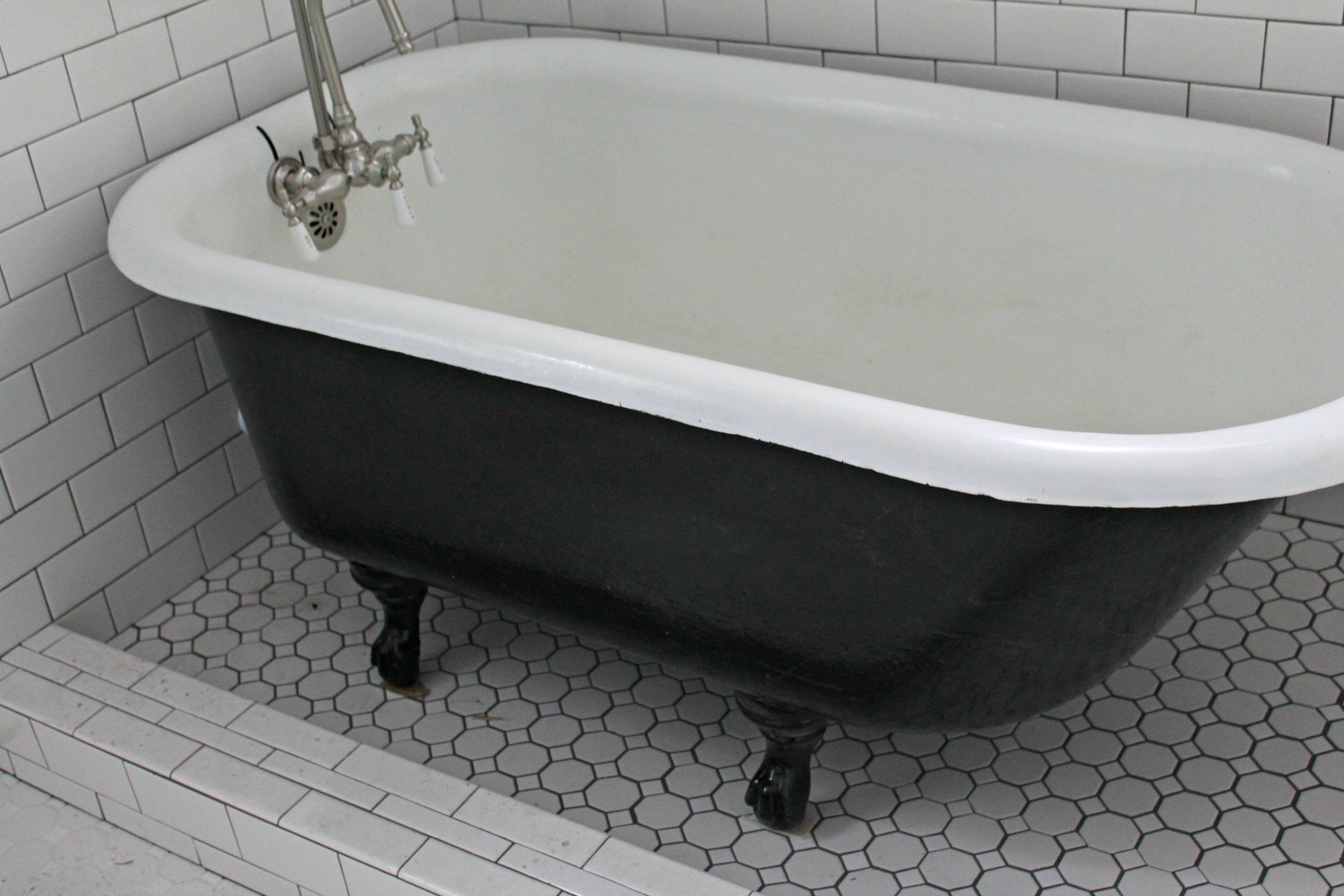After 6 Jpg 3 318 2 212 Pixels Clawfoot Tub Tub Refinishing