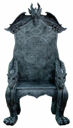 Pin By Raemond On Beautiful Rooms Throne Chair King Throne Chair King On Throne