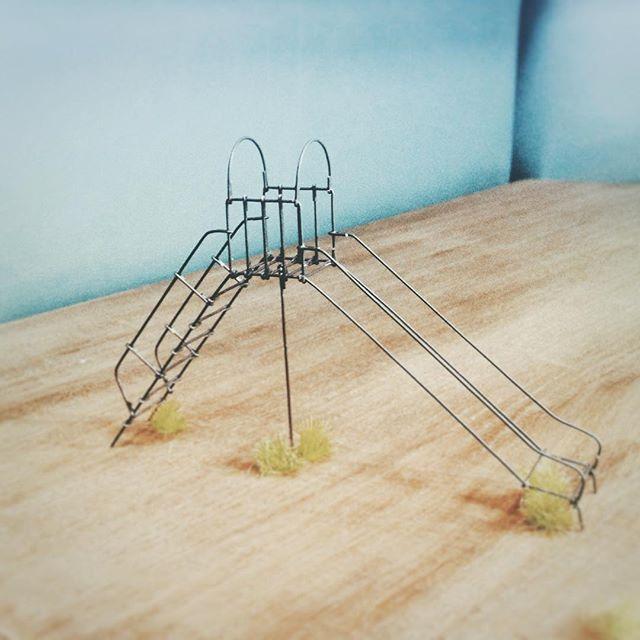 公園 すべり台 Wirecraft Wire Handmade Wireart Park Slide Green Wood ワイヤークラフト ワイヤー ハンドメイド ワイヤーアート はんどめいど 公園 すべり台 遊具 結束線 Wire Art Art Mini