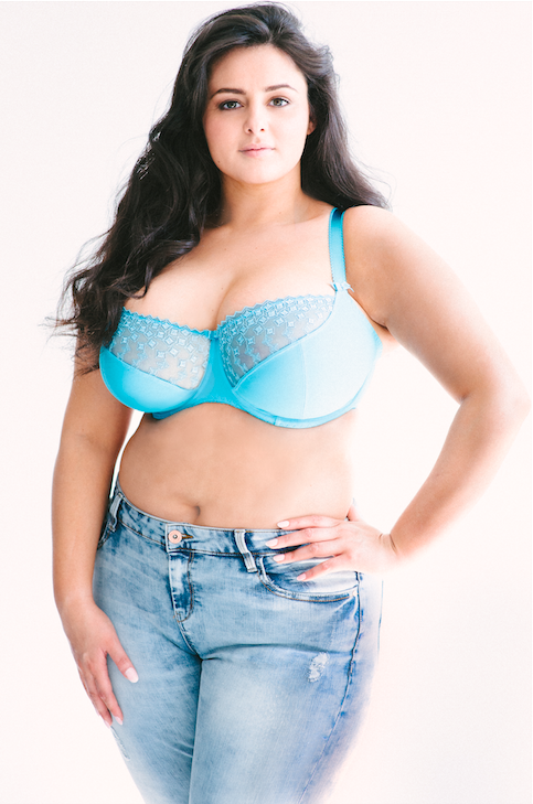 9dc7cc70b5536 Sophia was the winner of Curvy Kate s Star in a Bra contest. Now she s  becoming
