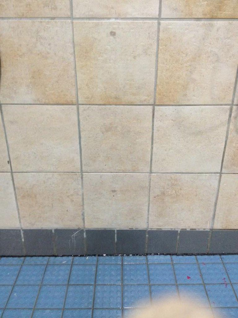 Cracked Chipped Tiles Ceramic Wall Floor Tile Repairs And