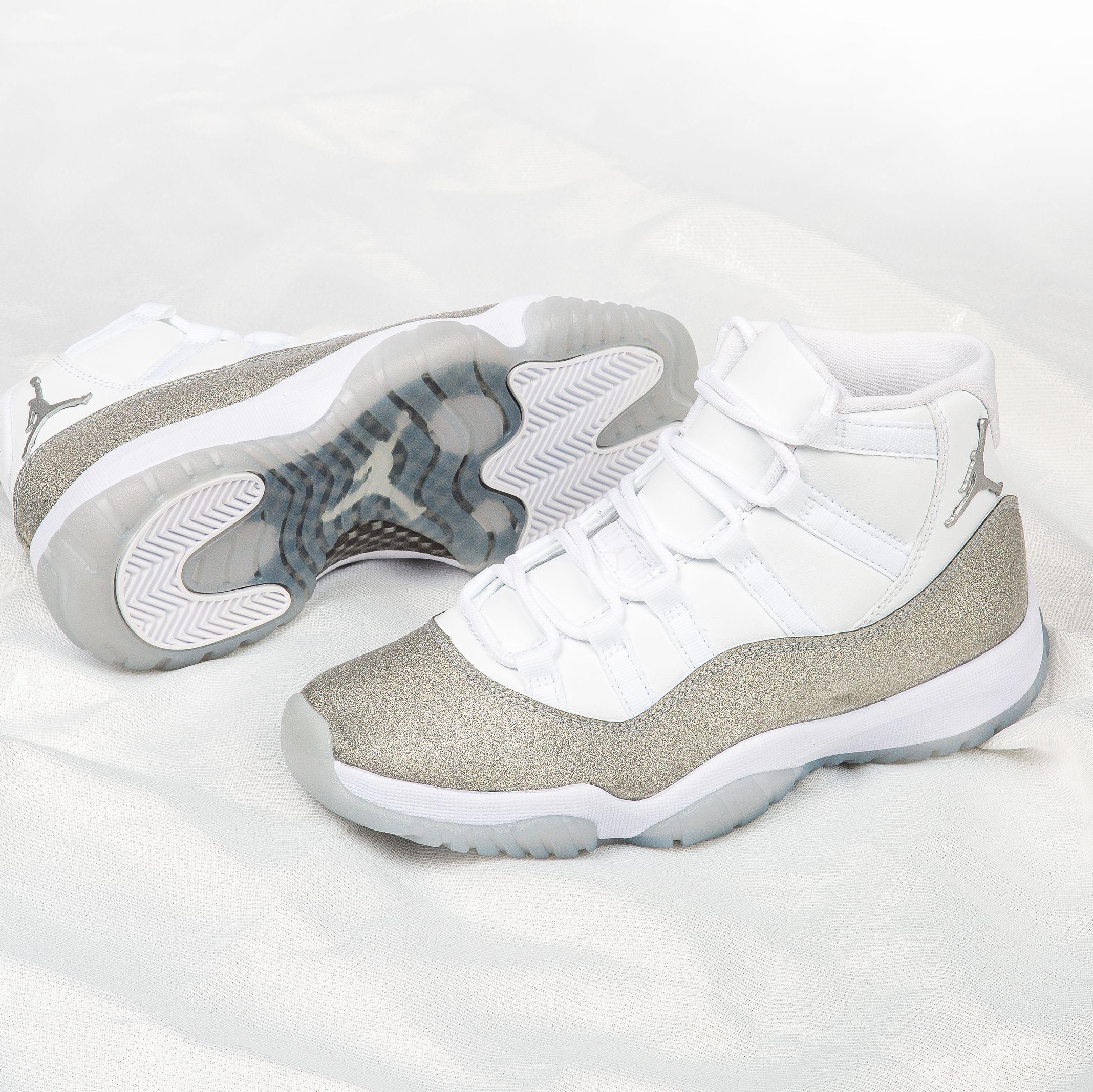 Jordan Retro 11 'Metallic Silver' | Retro 11, Sports women ...