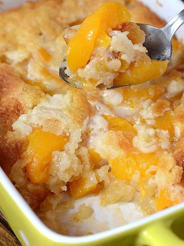 Super Easy Peach Cobbler #peachcobblercheesecake