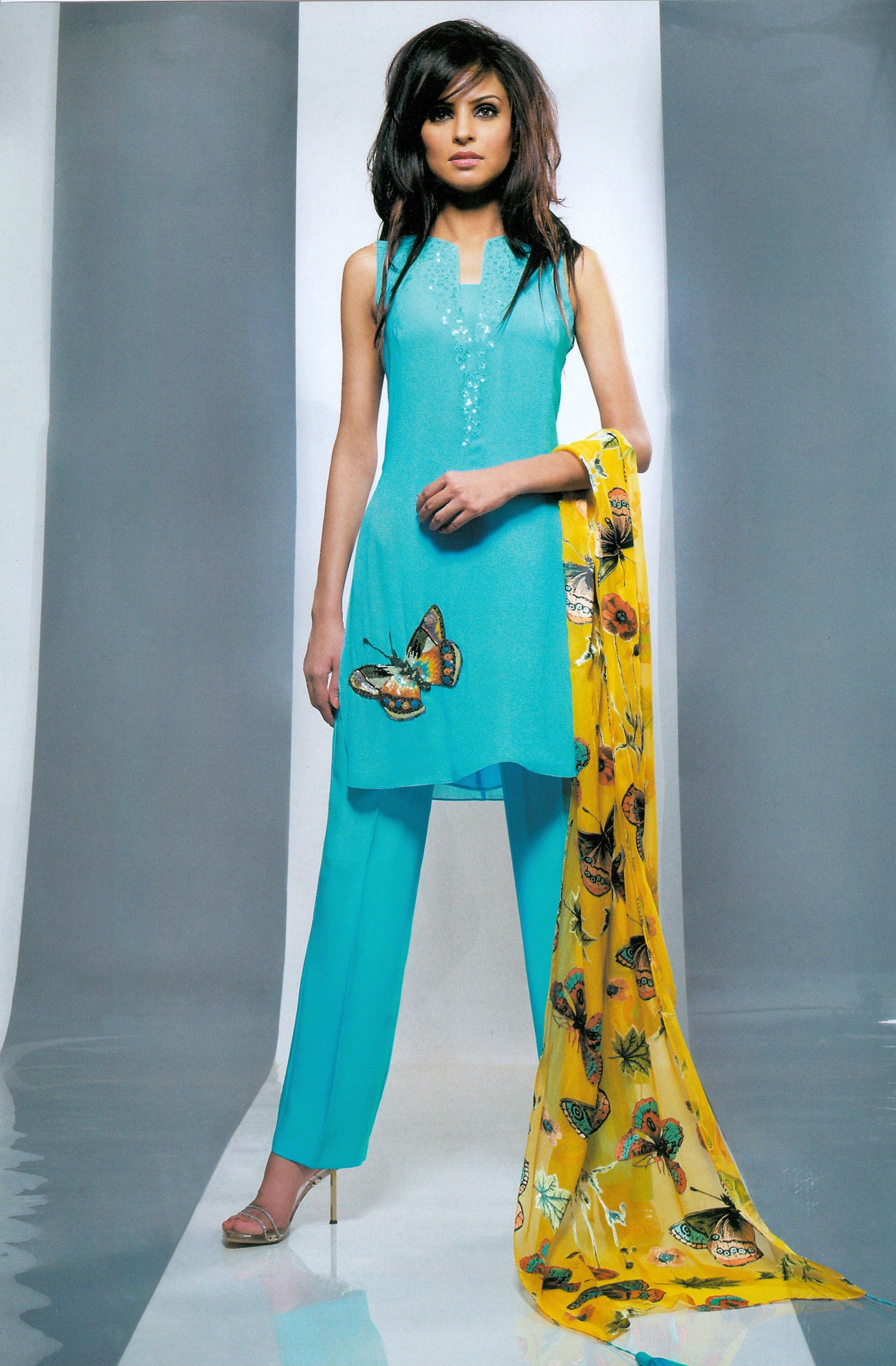 View All Designer Party Dresses By Pakistani Indian Designers ...