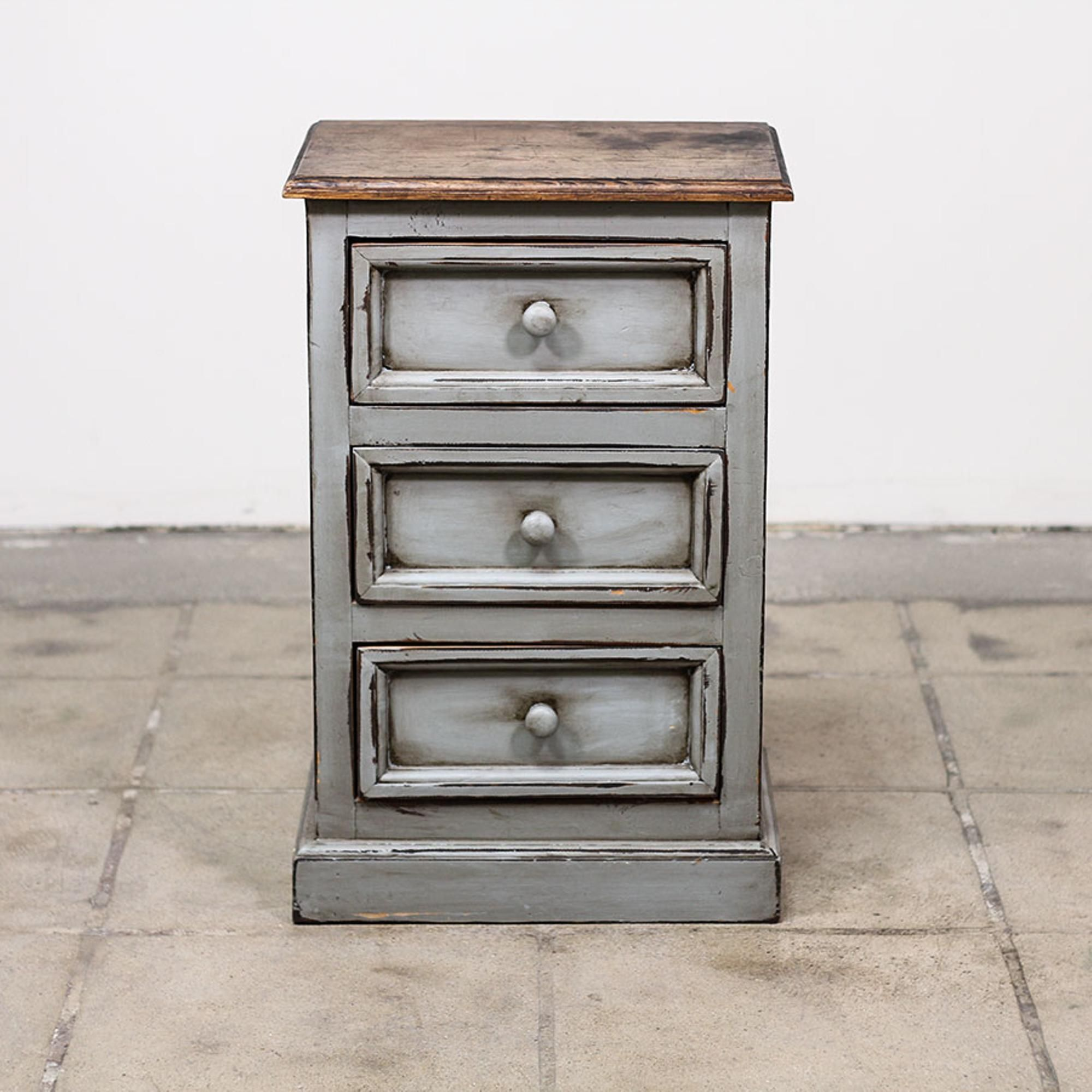 This Shabby Chic Nightstand Is Featured In A Solid Wood With A Distressed Light Blue Gray Paint Fin Shabby Chic Dresser Shabby Chic Nightstand Shabby Chic Room