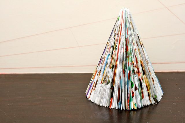 Magazine Christmas Tree Blog A La Cart Diy Christmas Tree Diy Magazine Recycled Paper Crafts