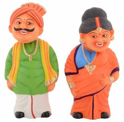 Clay Kondapalli Head Shaking Village Couple Set