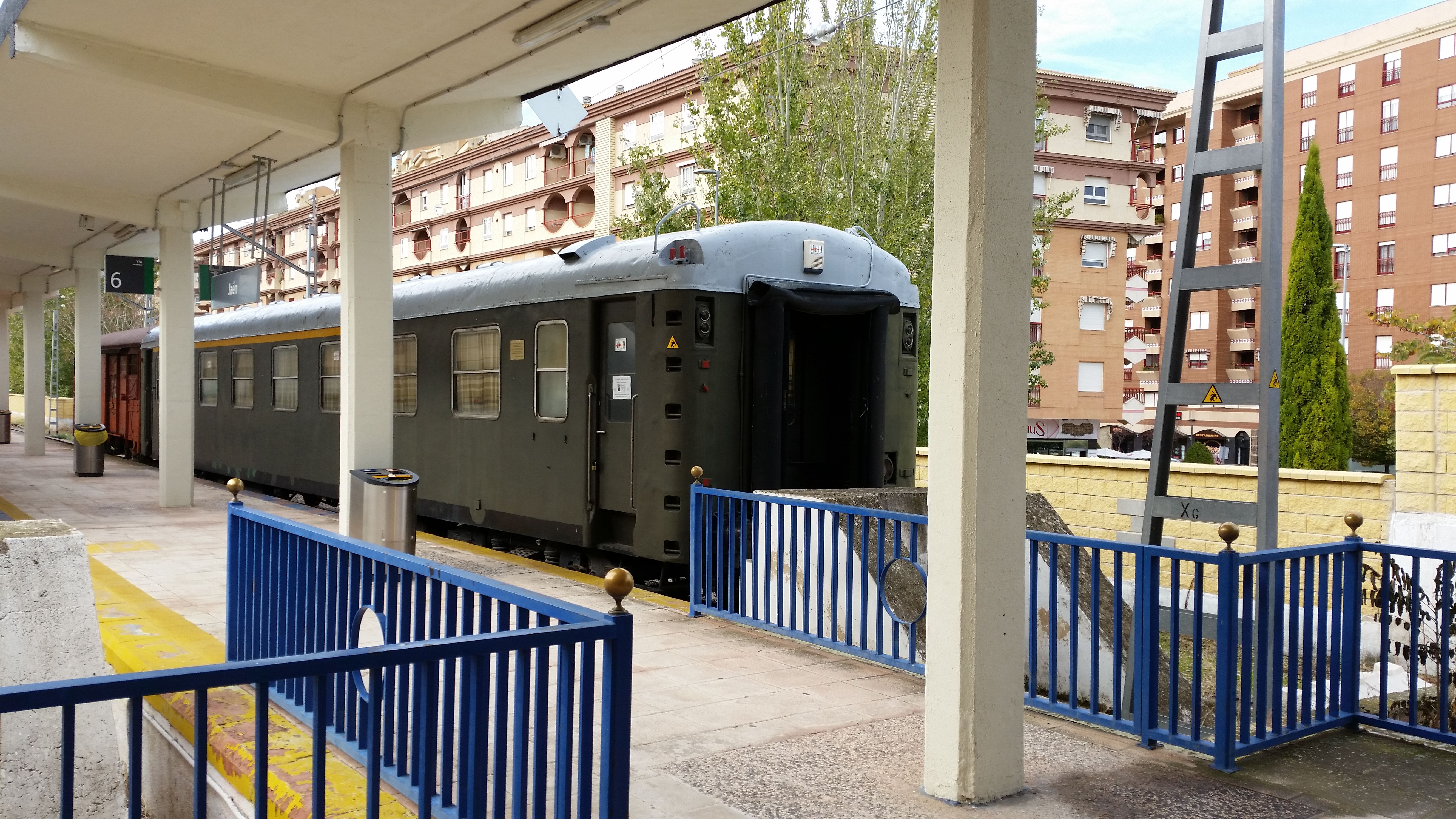 imagenes de la actual estación de ferrocarril de Jaén
