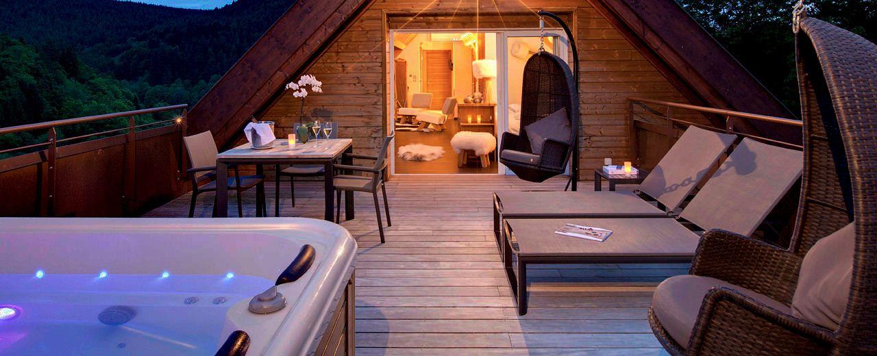 Les suites avec jacuzzi privatif de lu0027hôtel spa La Cheneaudière