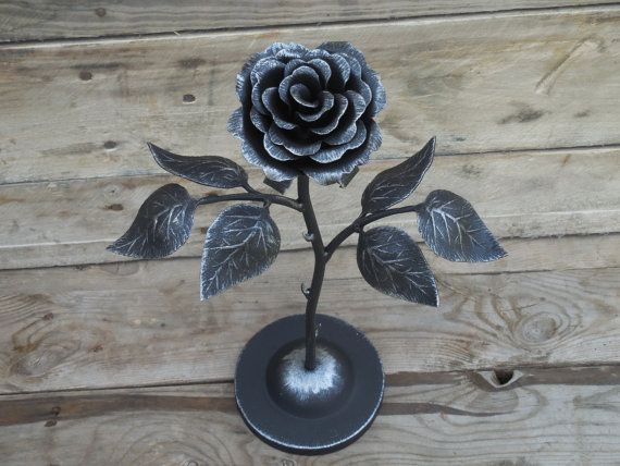 hand forged rose on the stand steel rose iron flower metal sculpture wrought iron 6th. Black Bedroom Furniture Sets. Home Design Ideas