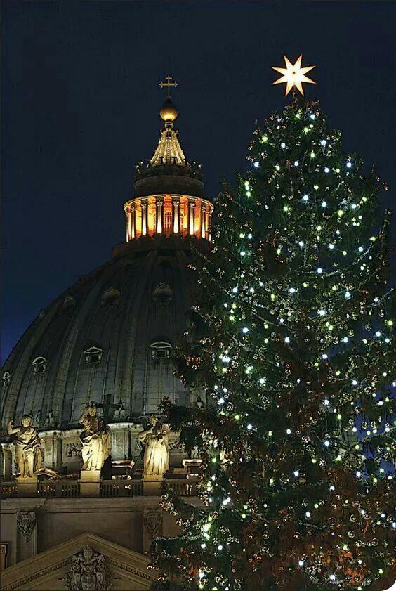 Buon Natale Italia.Natale A San Pietro Citta Del Vaticano Natale Buon Natale