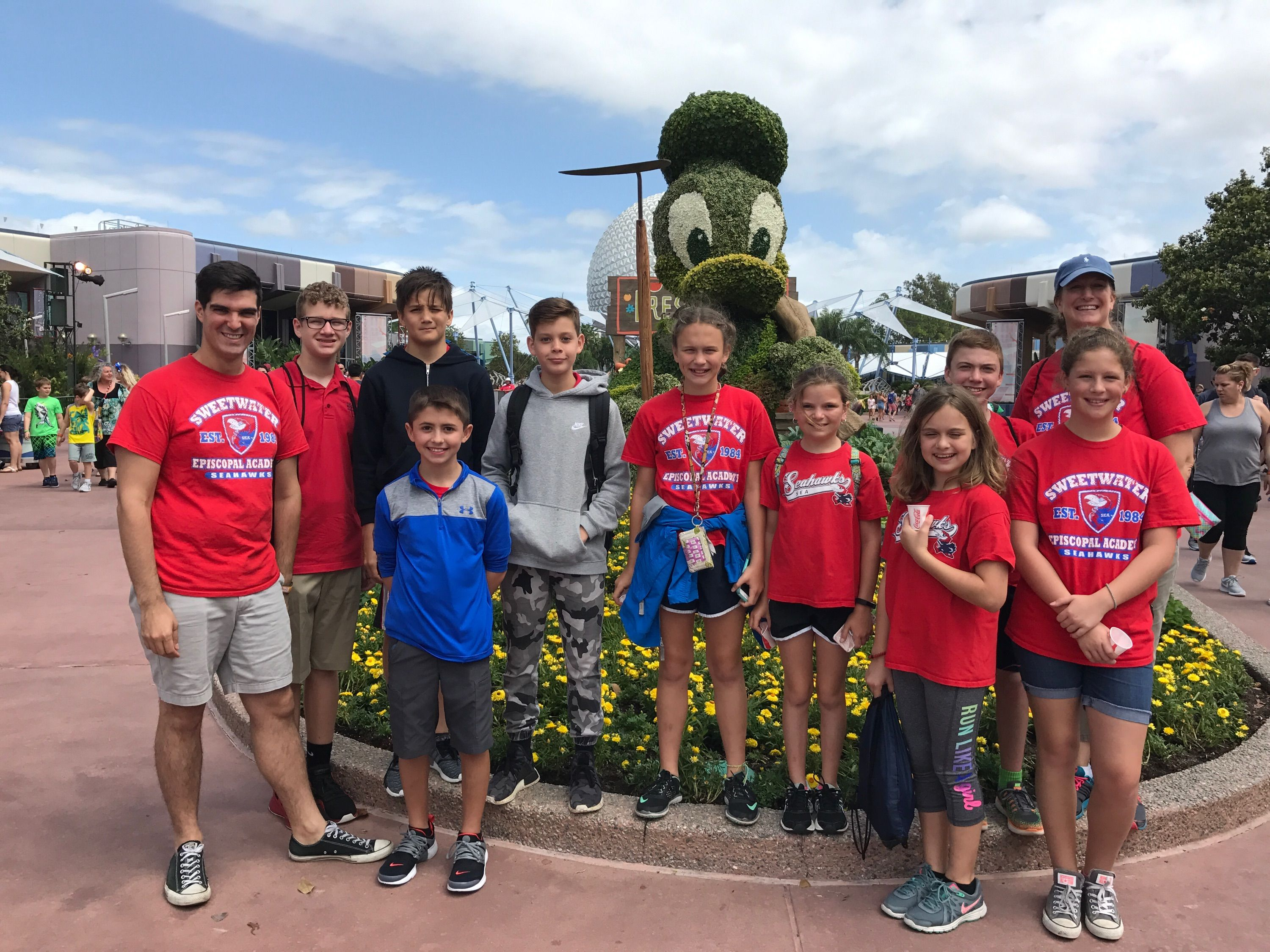 Middle School Students Are At Epcot To Celebrate Cinco De