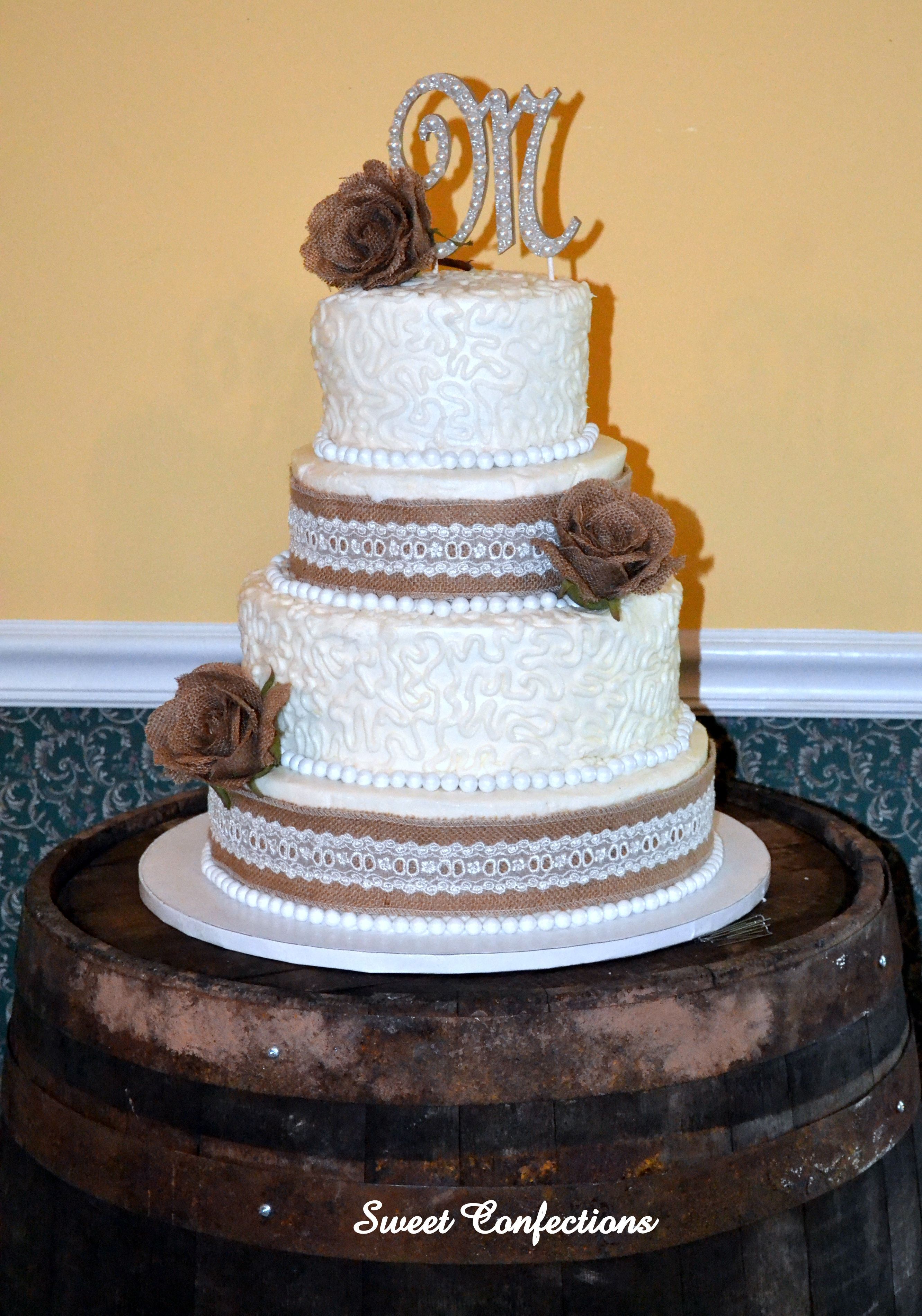 Burlap And Lace Wedding Cake This Is A Four Tier With Ribbon Sewn On Top The Ers Are Iced In Er