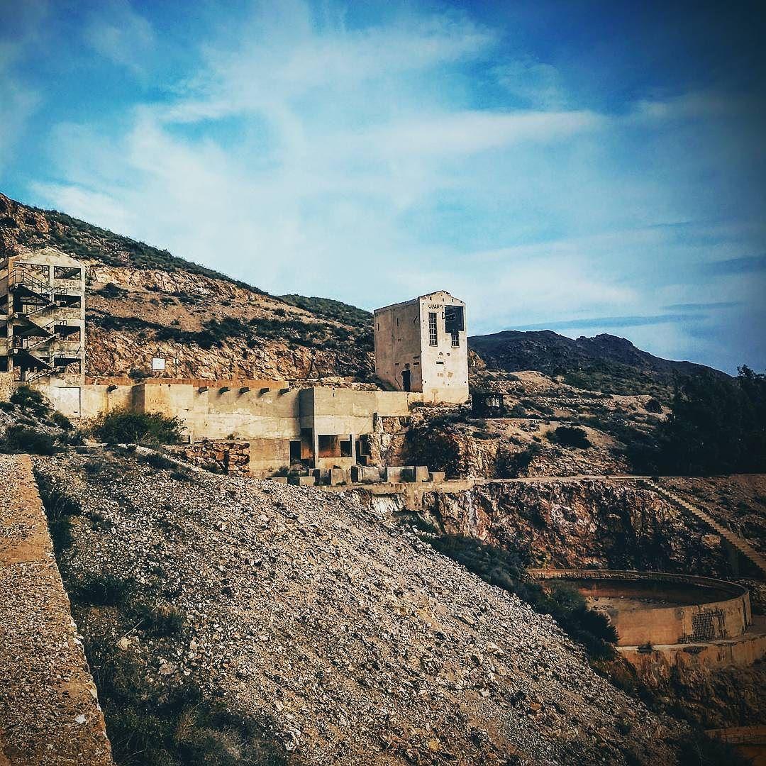 Miniere di Rodalquilar con la Gaviotina #Gaviotina #landrover #landroverdefender #España #Andalucía #Spain #spagna #rodalquilar by milacroft Miniere di Rodalquilar con la Gaviotina #Gaviotina #landrover #landroverdefender #España #Andalucía #Spain #spagna #rodalquilar