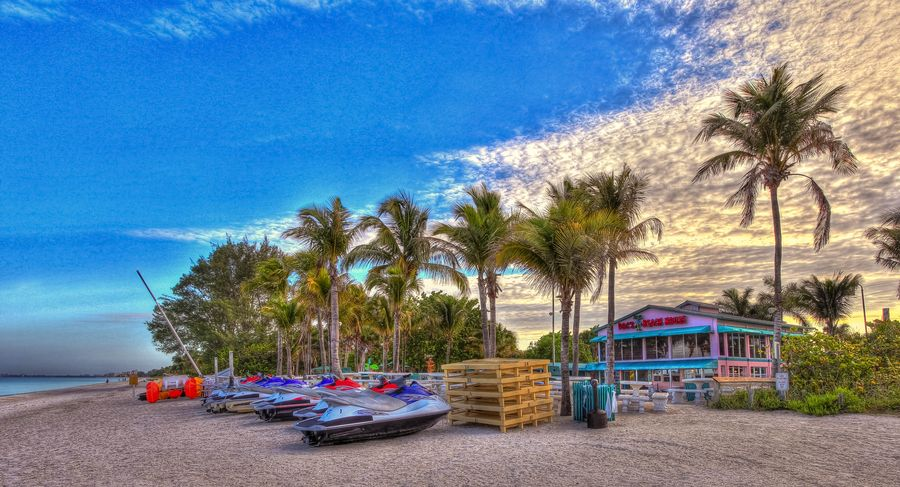 Doc S Beach House Bonita Springs