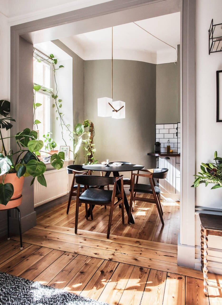 A Warm Scandinavian Apartment With A Moody Bedroom The Nordroom In 2020 Small Apartment Decorating Apartment Decor Scandinavian Apartment