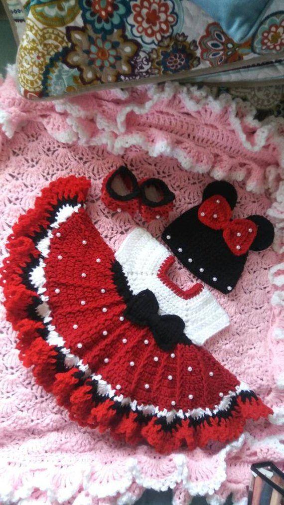 Häkeln Minnie Maus Baby-Set mit Perlen.