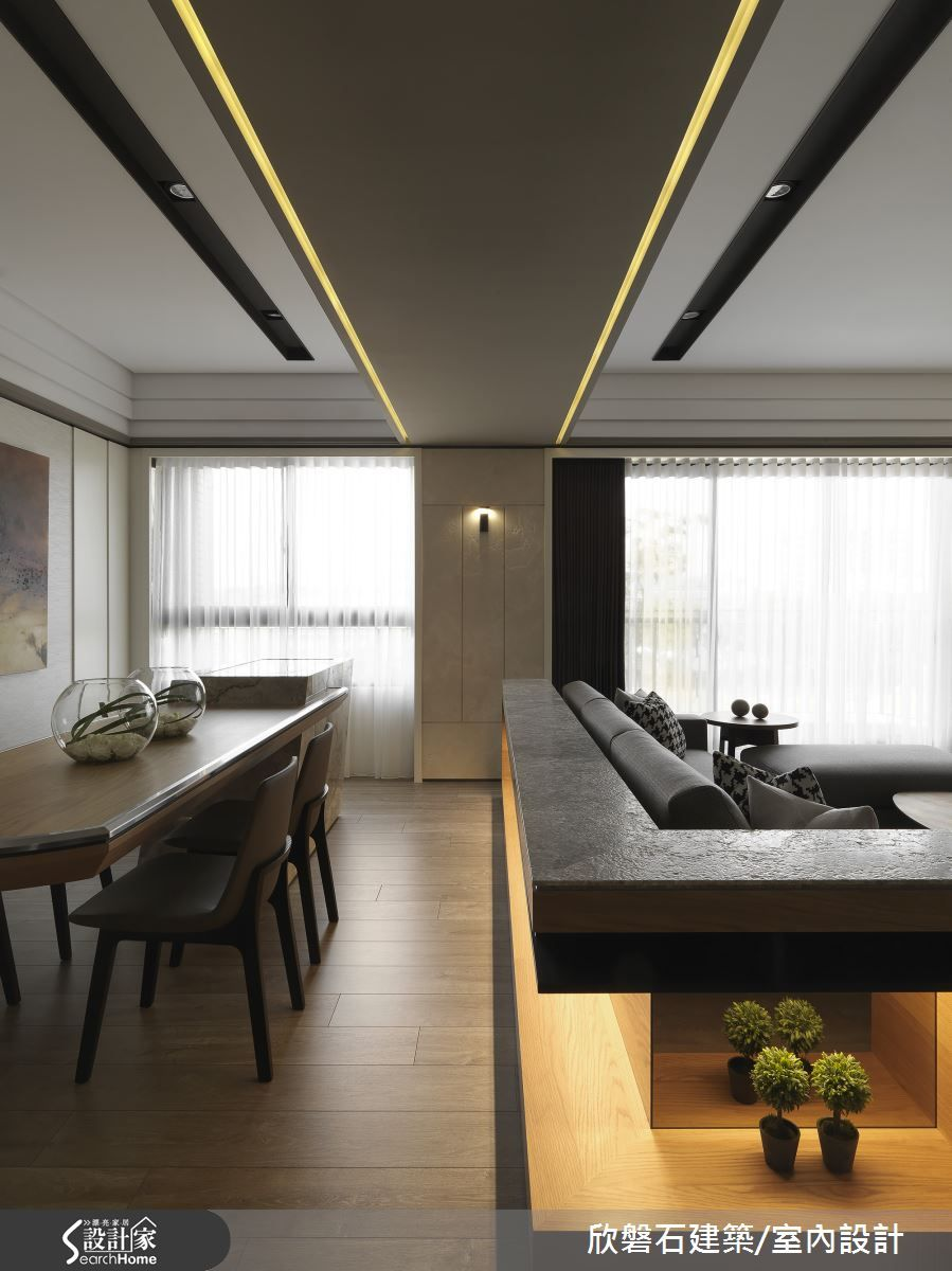 Contemporary Ceiling Designs For Living Room: 欣磐石建築.空間規劃事務所 羅仕哲 現代風