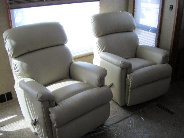 Rv Chairs Recliners >> 3 Rv Furniture Blogs To Help You Fix Or Improve Your Rv Furniture