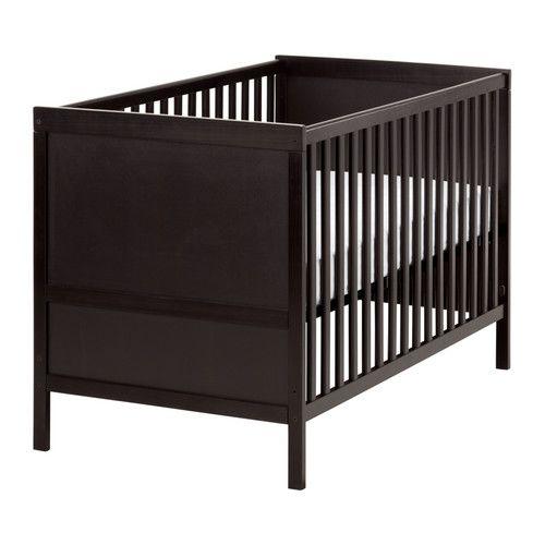 sundvik lit b b ikea hauteur du sommier r glable deux positions se transforme en lit junior. Black Bedroom Furniture Sets. Home Design Ideas