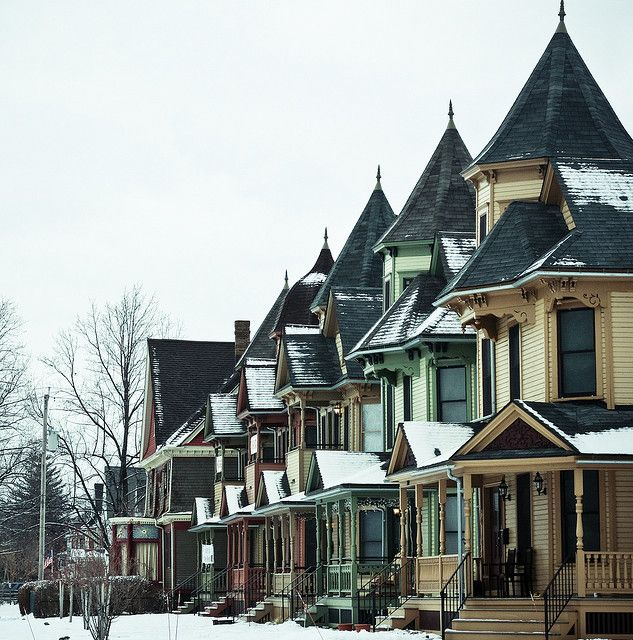 The Five Sisters Victorian Homes Old Victorian Homes Architecture