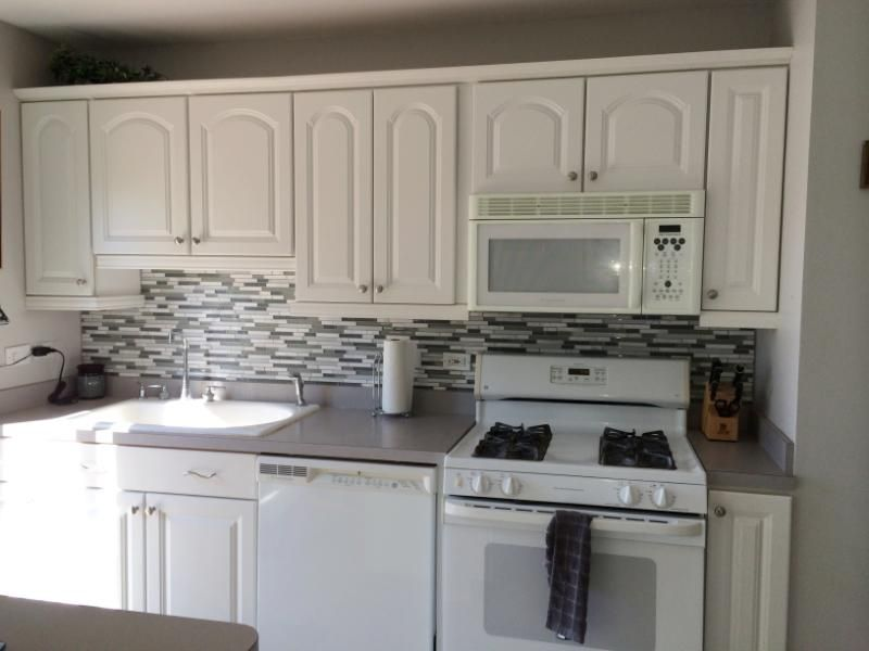Random Linear glass backsplash - Kitchen Remodel Neat Kitchen and