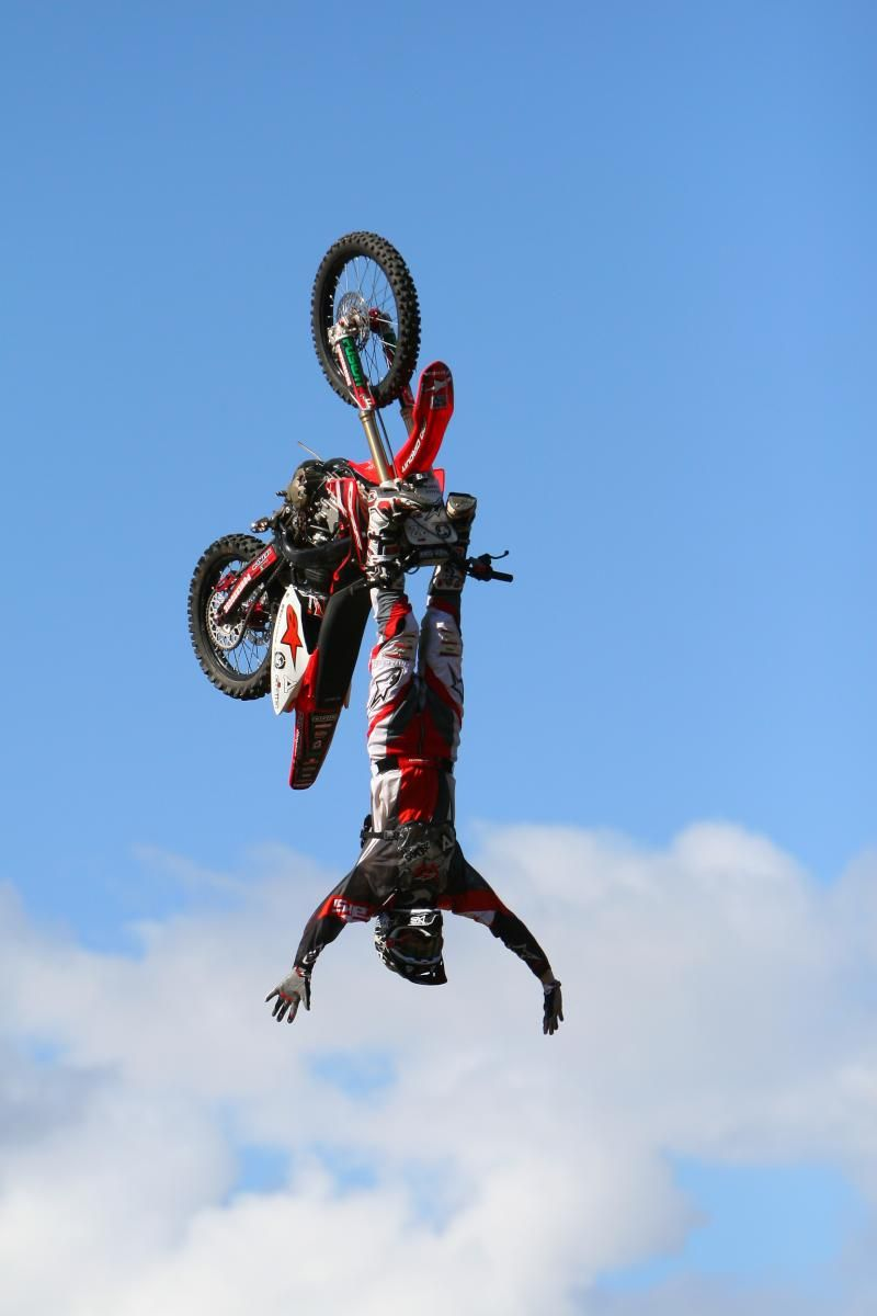 Daring Jump Dirt Bike Racing Freestyle Motocross Enduro Motocross