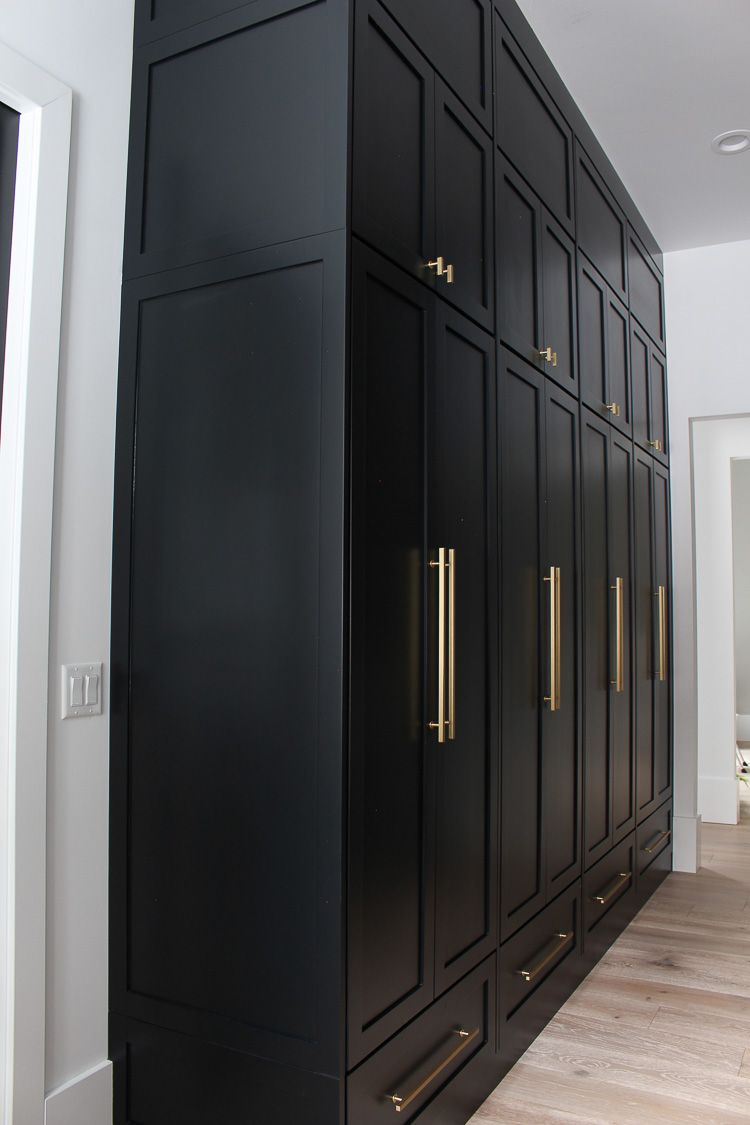 The Forest Modern: Our Chic Black Butler's Pantry - The House of Silver Lining #pantrycabinet